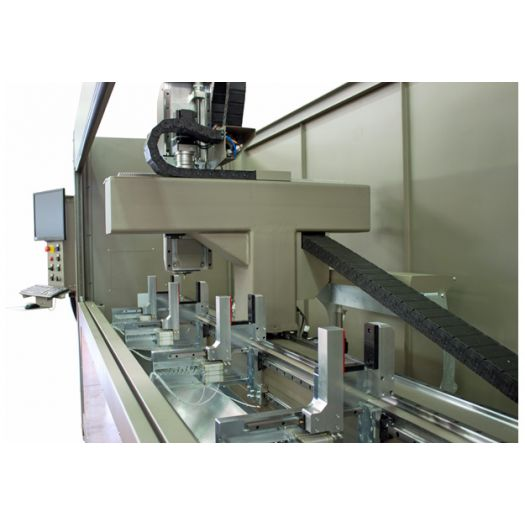 Banc d'usinage ACIER/ALU à CN 4 axes - P 104 - Industrie online